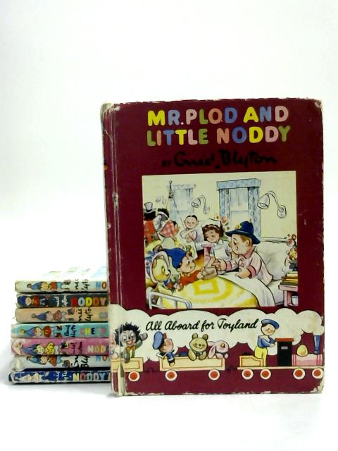 Set of 8 Noddy Books Vintage Hardbacks by Enid Blyton